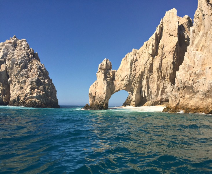El Arco archway in the sea cliffs